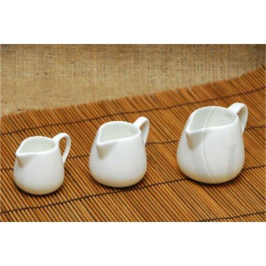 Kínai kiöntő porcelán 45ml füles